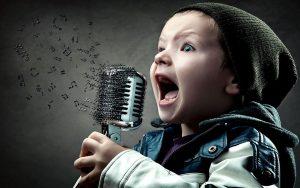 Cách để có giọng nói hay và thu hút người khác