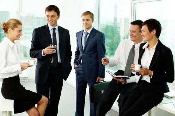 Người đi làm có nhu cầu cải thiện kỹ năng giao tiếp